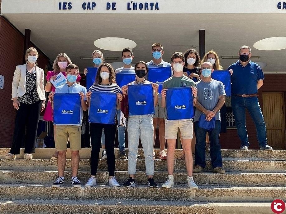 El IES Cabo de la Huerta crea una aplicación móvil gratuita para fomentar el turismo patrimonial de Alicante